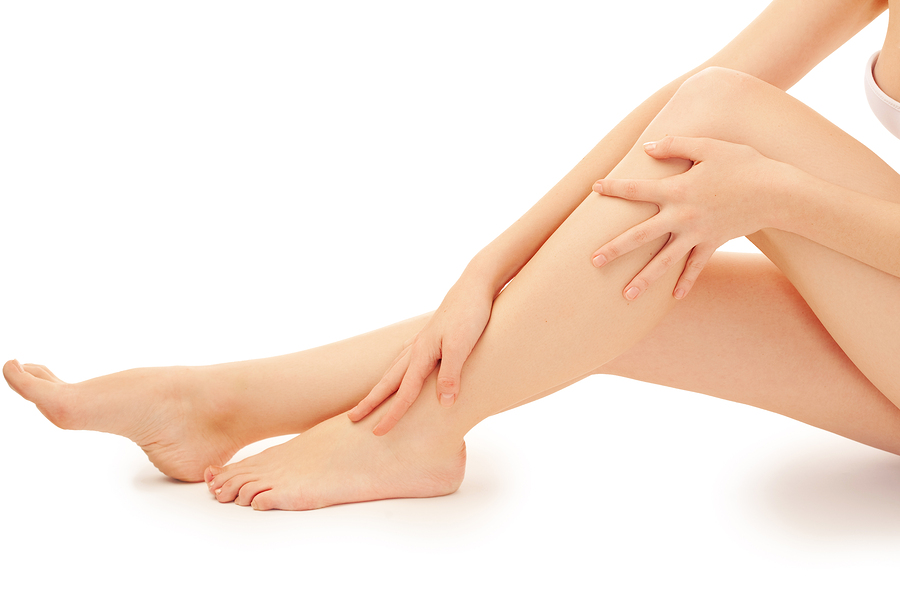 Using laser equipment for removing hair on legs: quickly and effectively