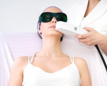 The top 3 advantages of laser epilating technique: popularity of such service is just gaining momentum