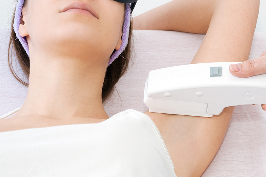 Chip ways of hair removal: why those ones are dangerous for our health?
